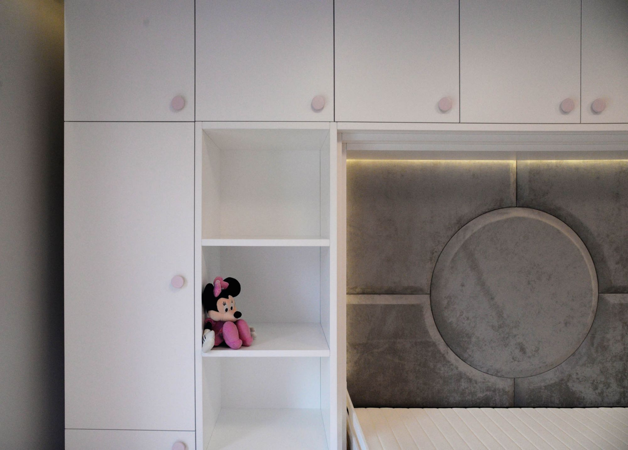 Шкаф в детскую комнату Львов