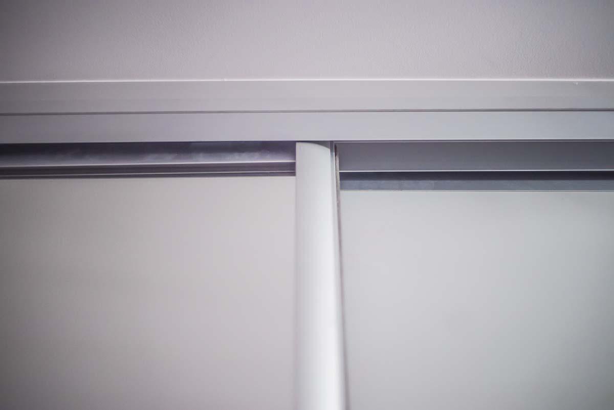 Белый шкаф-купе Львов