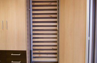 Складная кровать в шкафу