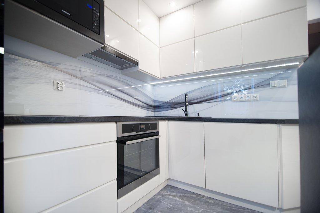 Кухня біла глянцева МДФ